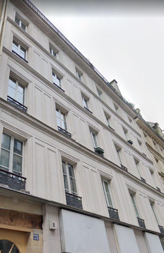 Studette PARIS 3è Mo STRASBOURG ST DENIS OU ARTS ET METIERS