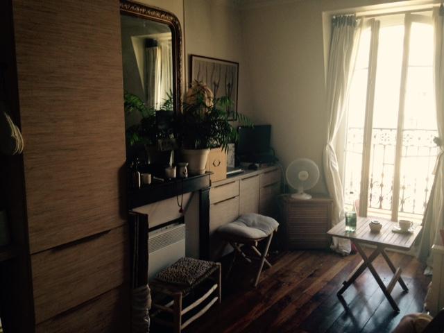 Location appartement studio paris 18 lamarck for Biens atypiques paris
