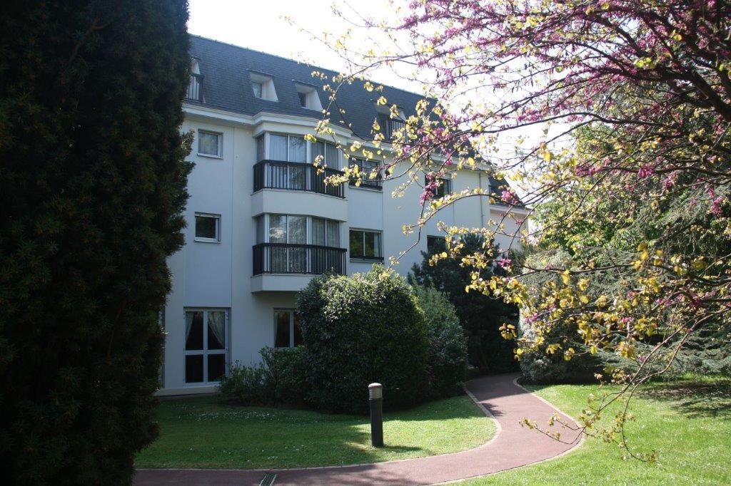 Appartement en Vente à Bourg-la-reine / 2 pièces 55m2